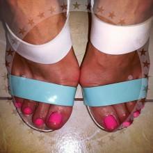 Прекрасный день! Отличное настроение! И красивые ножки наших клиенток! :))
