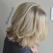 Изящное решение для седины, если при этом очень хочется оставаться блондинкой. Мастер Лина Черновинская, салон @begoody.spb